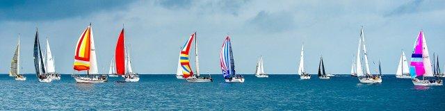 sailboats-1375064_1920